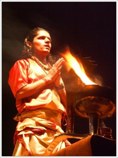 Кедар Гхат. Ритуал