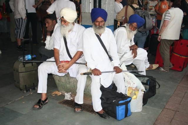 На вокзале в Кхаджурахо