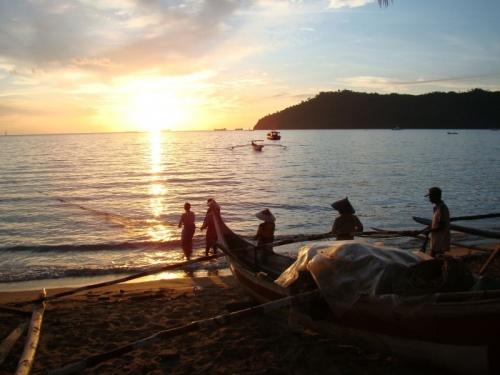 закат в Карлос бунгало, Бунгус