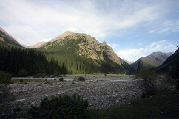 ущелье Каракол, Киргизия