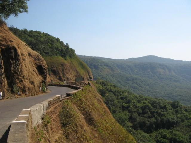 На подъезде к Amboli и Mahadev gad Point