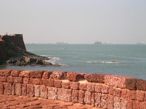 Смотрим с форта на запад