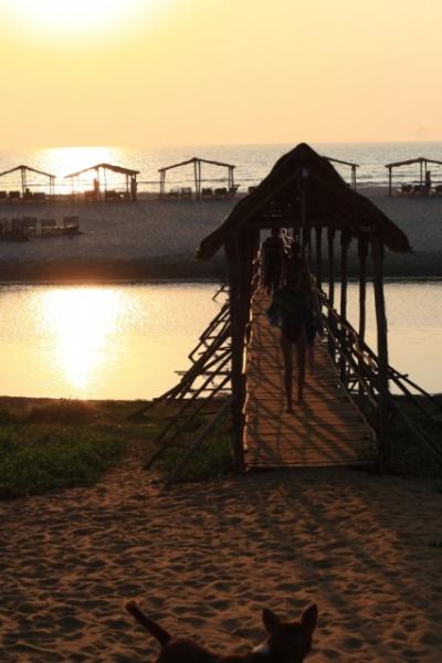 мост через реку на мандреме
