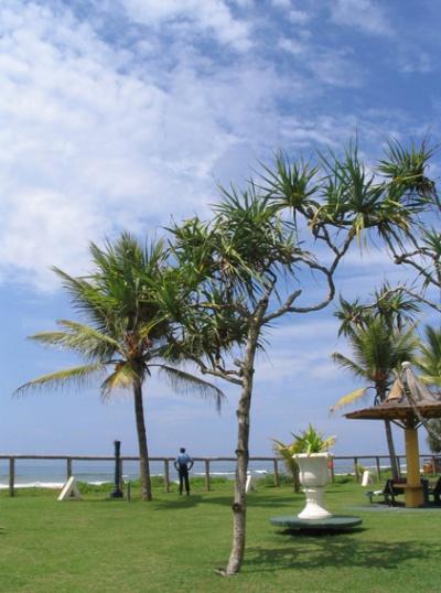 Пляж отеля в отличную погоду :-)