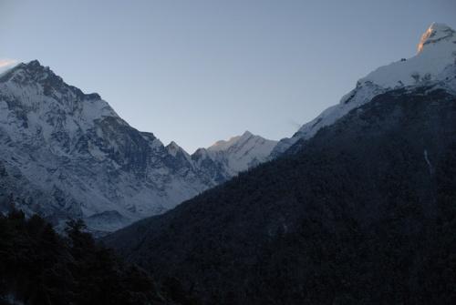 Ganesh himal, ранний рассвет