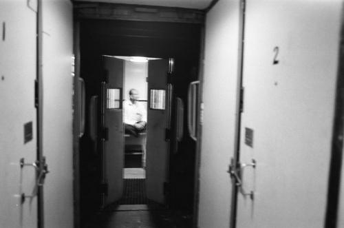 двери в