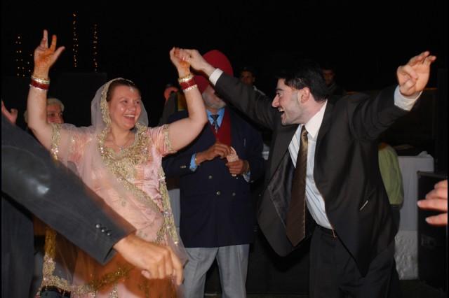 И снова танцы