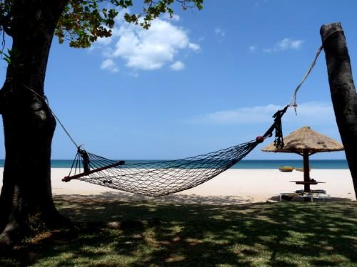 Пляж отеля, вид из номера