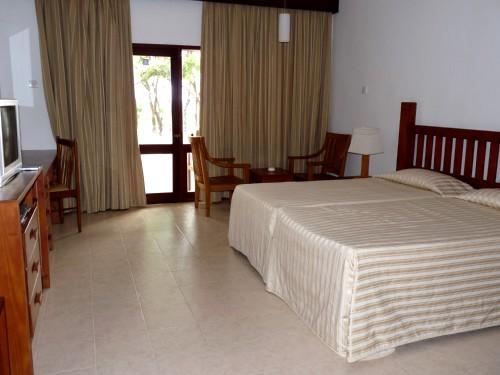 отель Nilaveli beach номер