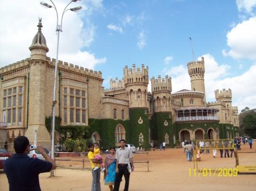 Бангалор. Дворец Махараджи