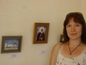 выставка в Наггаре я у своих работ