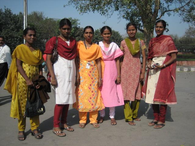 студентки из Тамилнаду
