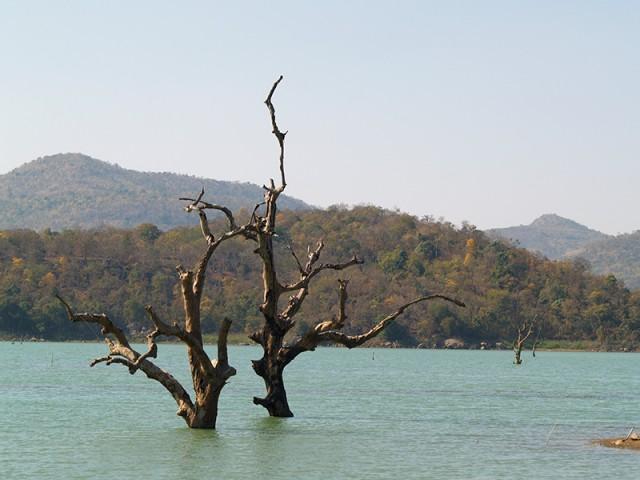 Озеро, не подумайте, не Чилка - вполне приличное озеро в горах.