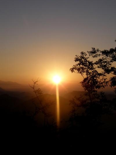 Рассвет у деревушки Сарангкот (Sarangkot). Непал.