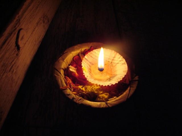Свеча в водах Ганга