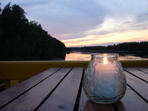 Свеча горела на столе, свеча горела ....