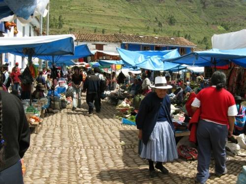 рынок в Писаке