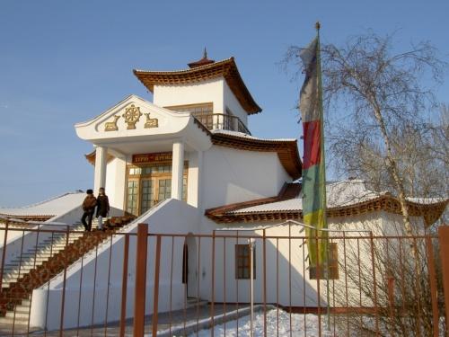 буддийский храм Цеченлинг в Кызыле