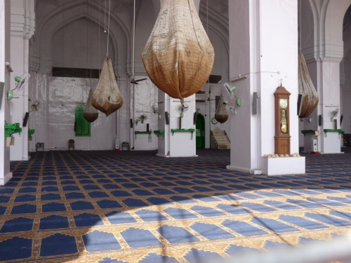 Та самая мечеть, где молятся одновременно до 10000 чел.