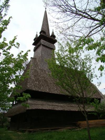 Старинная церковь в Закарпатье