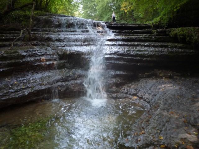 1 из 16 водопадов на реке Окунь