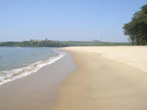 пляж Кирим (совсем пустой)