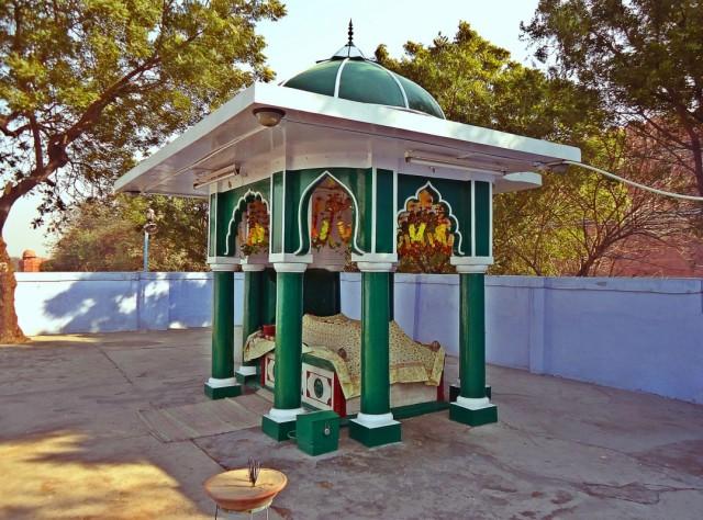 дарга святого суфия Харей Барея