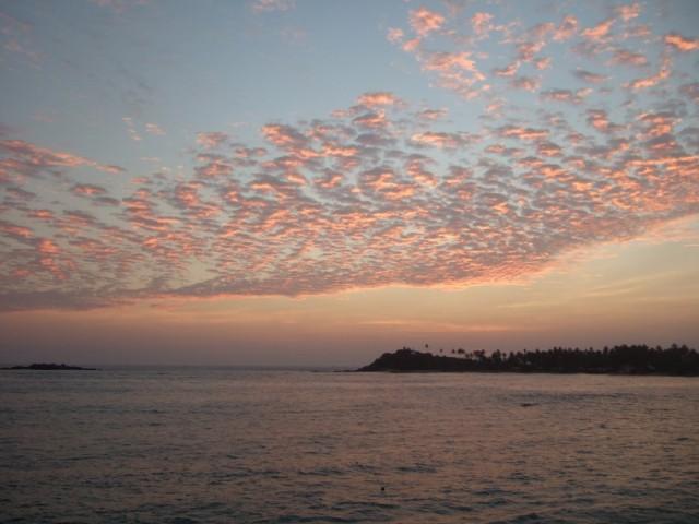 А это--закат над Унаватуной--сказка!