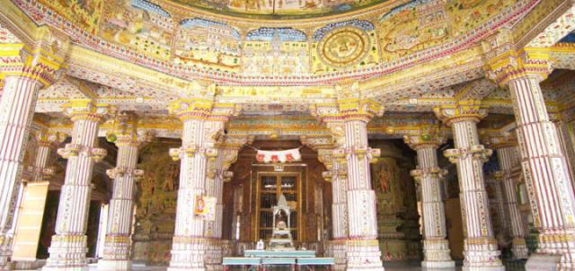Храм Бхандасар