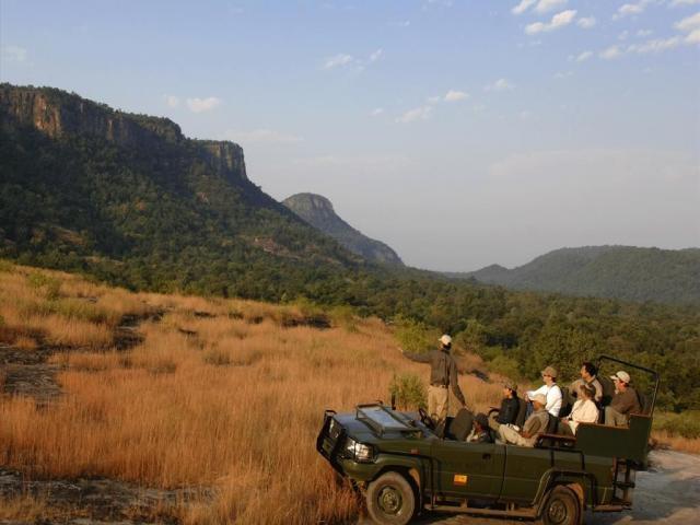 Джип-сафари в заповеднике Кумбалгарх