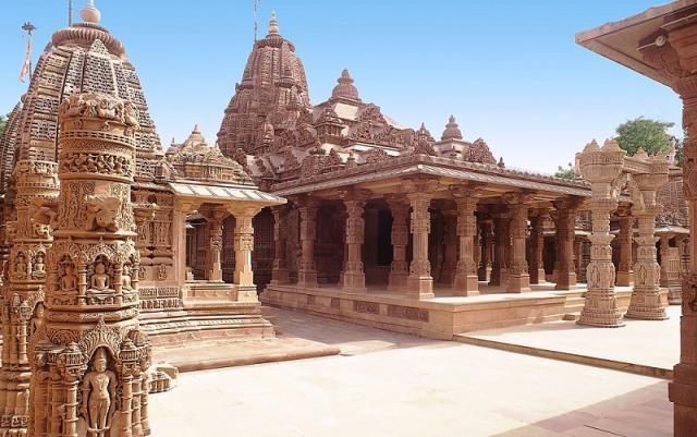 Храм Махавира в Осиане