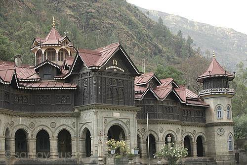 Дворец Padam Palace в Рампуре