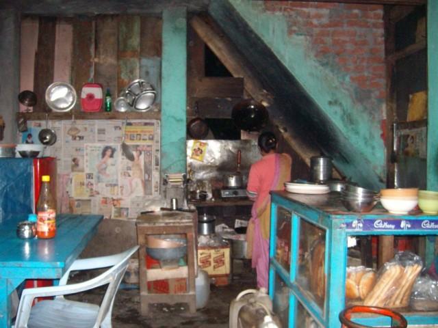 Тибетская забегаловка в Касоле.Дешево и очень вкусно