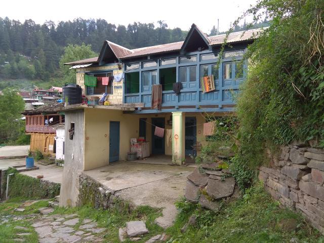 Дом Камла Джи (имя бабули)