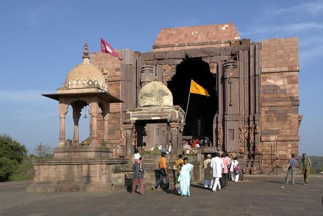 Храм Шивы в Бходжпуре