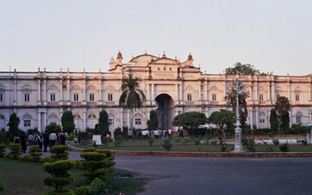 Дворец Джаи Вилас