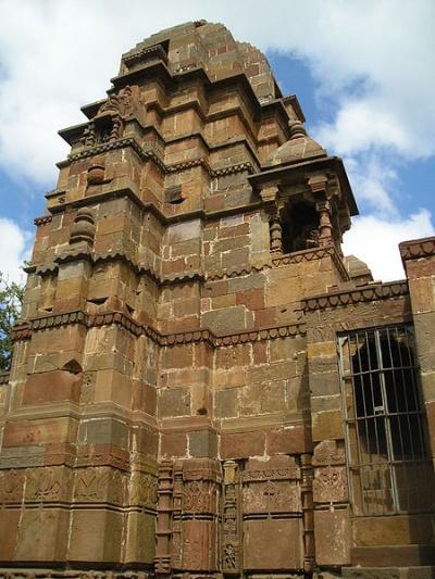 Храм Омкар Мандхата