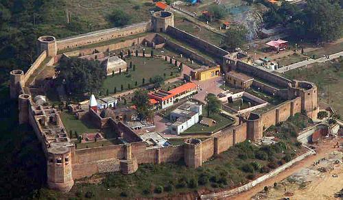Форт Баху в Джамму