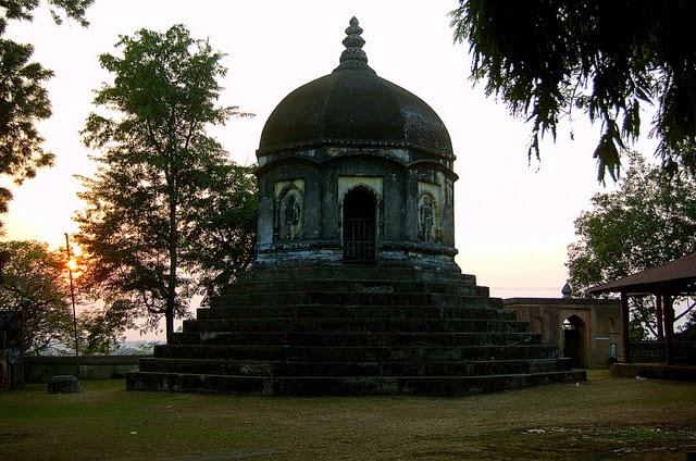 Храм в Хайо