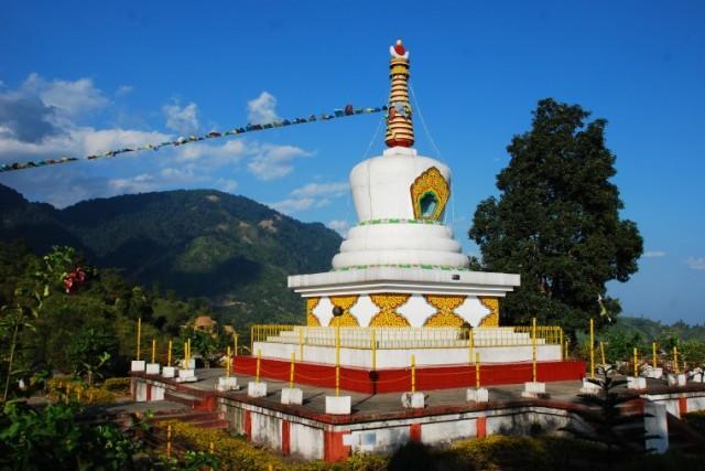 Ступа возле Центра буддийской культуры в Итанагаре