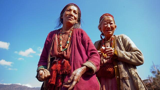 Местные жители Диранга