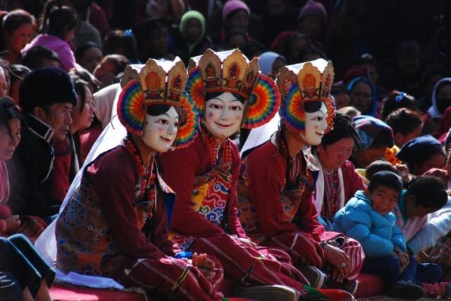 Празднование Лосара в Таванге