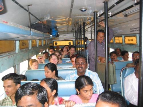 В автобусе индийских локальных линий.