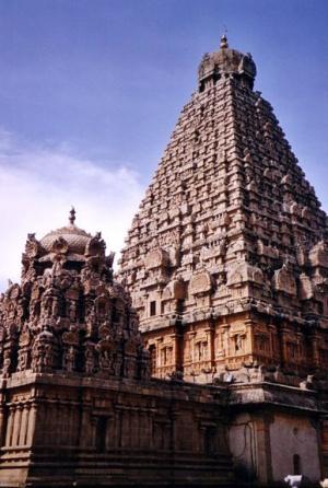 Храм в Танджавуре. Династия Чола