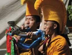 Тибетские монахи в Дхарамсале