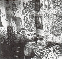 Кохбар, нарисованный на глинобитной стене жилища (с.Мадхубани)
