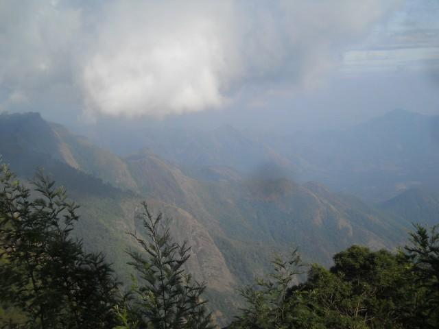 по дороге через гору в Кодайканал и Ватаканала