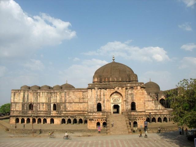 Манду. Мечеть Джами Масджит