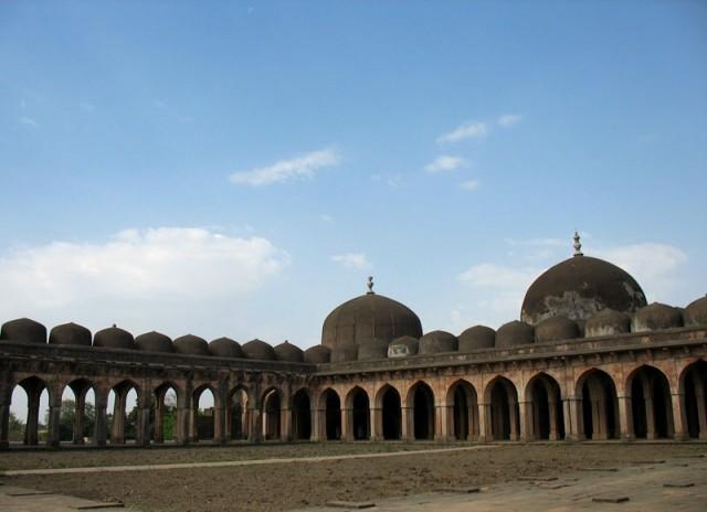 Манду. Мечеть Джами Масджит.