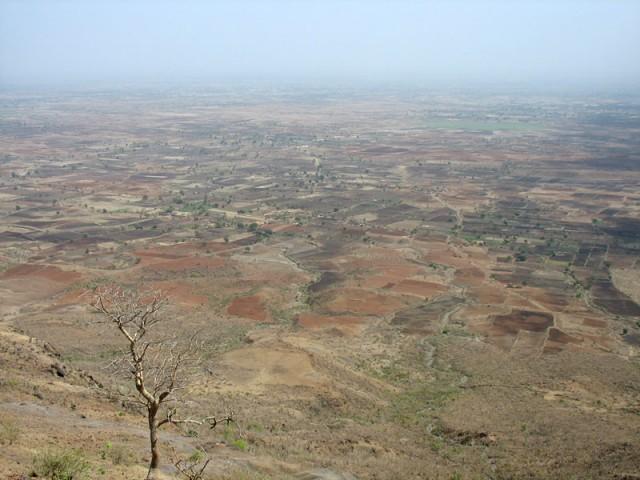 И вот он, вид на долину реки Нармада, которым любовалась несчастная Рупмати